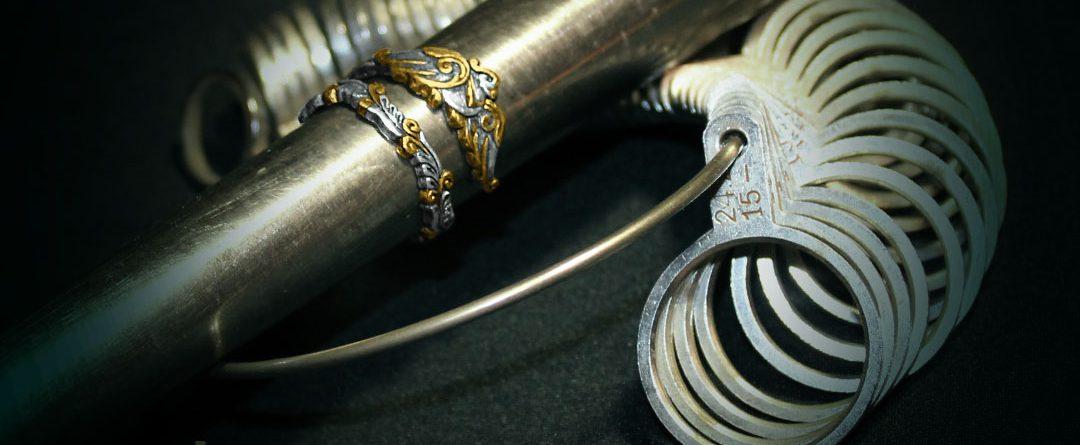 Кольцемер - инструмент для точного определения размера кольца. Ювелирная мастерская Филиппа Мещерского, Санкт-Петербург